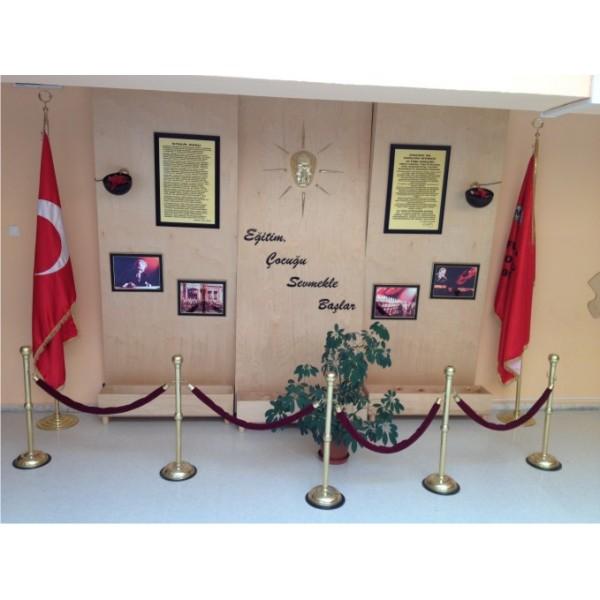 Atatürk Köşesi 16