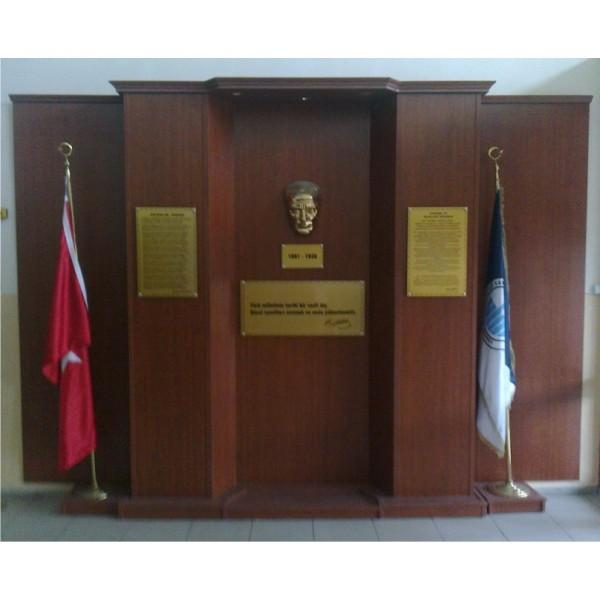 Atatürk Köşesi 12